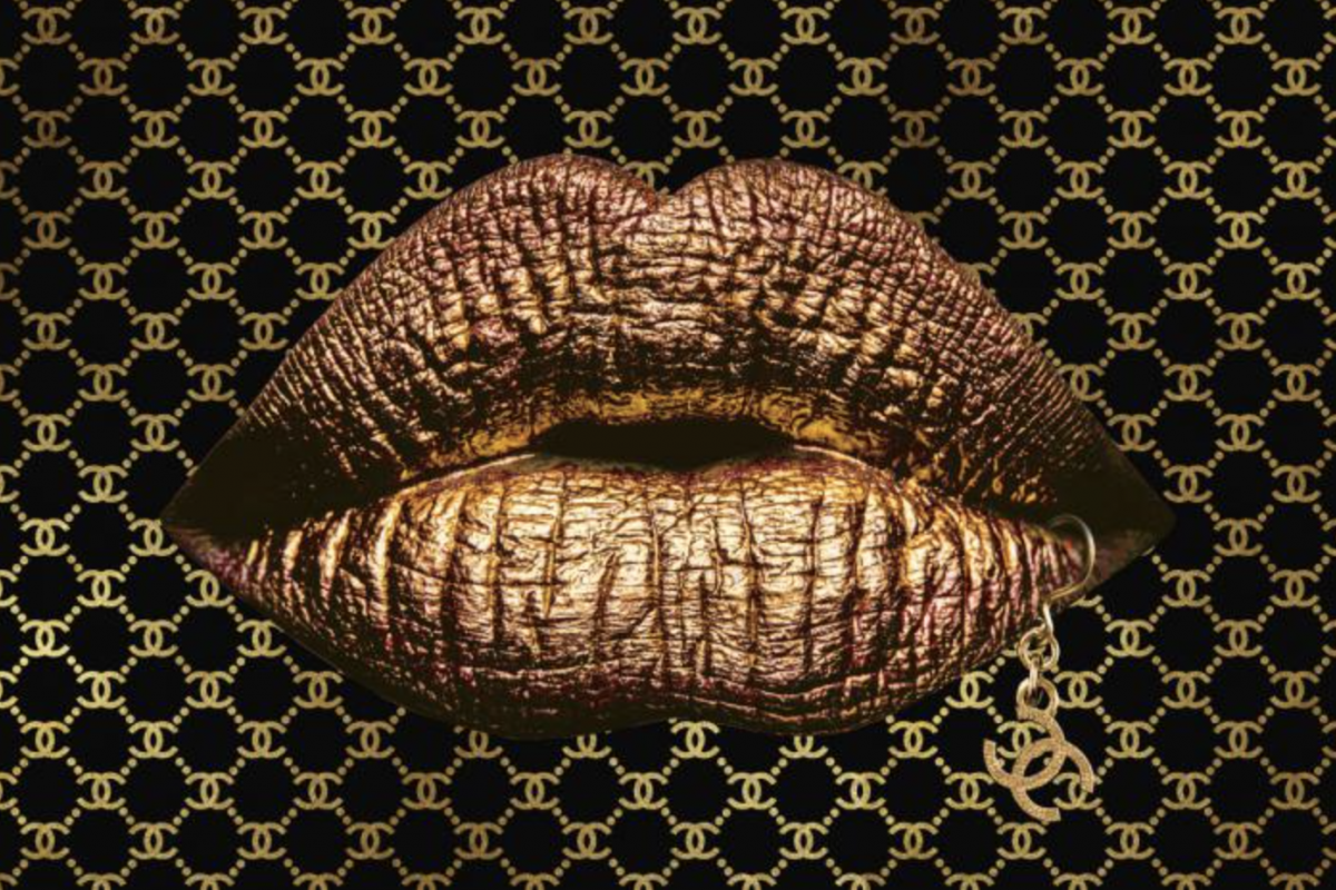 Chanel lips goud